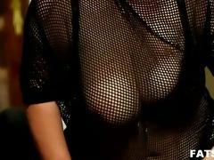 bulky brunette femdom-goddess &; younger stud