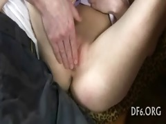 virgin girl masturbates